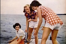 Lake House Party / Whether you're gathering near one of the Great Lakes or cozy-ing up in your lake house around an inland lake, we love all things summer and are ready to throw our fair share of lake house parties.