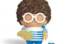Toys and Figures / by Bubi Au Yeung