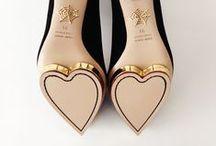 Zapatos <3 y personalidades / by Siempre Lindas