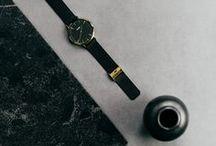 fonQ | Fashion accessoires / Eindeloos combineren met verschillende accessoires bij een outfit, heerlijk! Laat je inspireren door de mooiste tassen, sieraden en horloges.