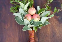 Boutonnieres / by Michelle Wright Events