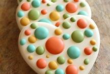 Desserts - Cookies & Bars / by Aubrey Ballinger