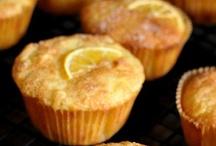 Baking - Muffins & Scones / by Aubrey Ballinger