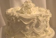 White Wedding Cakes / by Marie Quebedeaux