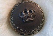 Crown / Reis, rainhas e suas coroas. / by Claudia Toffoli