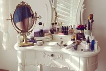 My Dream Dressing Room / by Candice Blunt