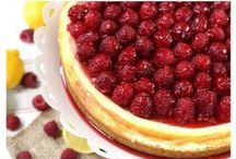 CHEESECAKE LOVERS / No-bake and baked cheesecakes, either way, they are to die for! :)