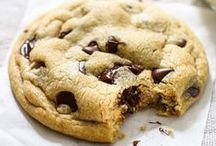 COOKIE LOVERS / Cookies, biscuits, crackers - these bite sized snacks will keep you munchin' for more!