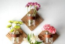 Mason Jar Crafts / Admit it. We all love the artsy feel that mason jars contribute. Check out these cool and innovative ways to utilize mason jars in your home.