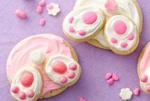 Easter Recipes / From ooey-gooey monkey breads and breakfast bakes to savory Easter ham and bunny-inspired treats, we have your Easter covered with these delicious recipes.