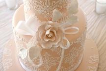 W-Wedding Cakes / by Hana Love