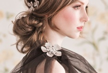 W♀- Wedding Hairstyles / by Hana Love