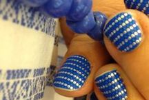 Nail wraps...i like it! / Wrapping my nails since I am really bad at painting them.  / by Julia DeNamur