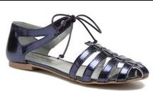 Flat sandals / Selection of sandals for summer / by Cécile Repetti-Dietrich
