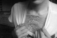 Tattooed / Tattoos and tattoo-worthy art. I want ink, guys.