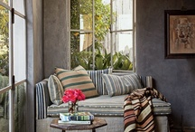 Decor / by Jacqueline Ellwein