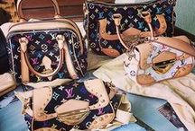 Louis Vuitton / bolsas e sapatos #LouisVuitton no Brechó Camarim