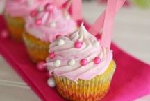 Recipes: Cupcakes / Little bites of heaven = cupcakes. Get inspired to bake cupcakes and then decorate them in fun, unique ways with these cupcake recipe pins. / by Chrissy {The Taylor House}