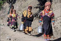 Pakistan Kalash / Reizen / by Liesbeth van Wezel-Dronkers
