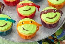 Cupcakes oh my! / by Benae Hammons