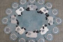 Quilting ~ Penny Rugs/Candle Mats / by Anna Quilting & Wool