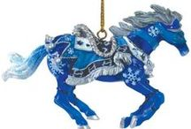 Royal Blue Christmas Ornaments / My selection of royal blue Christmas decorations and ideas...