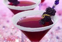 Drinks / by Barbara Wood