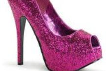 Fancy Pink Bling / A fancy board for all things in fashion that are pink and sparkly / by Fancy Shoe Land