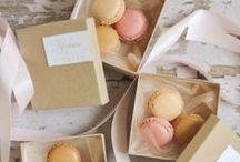 Chic Wedding Gifts, Favors & Packaging / Ideas for wedding gifts, favors and gift wrapping.