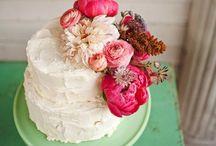 Cakes / by Ashleigh Jayne