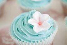 Cupcakes / All things cupcakes! Delicious cupcake recipes, yummy frosting recipes. Also several how to frosting techniques. Best cupcakes