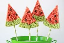Finger Food Fun  / Recipes to try ... or just to dream of trying :) / by BabyBump