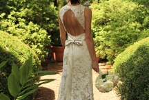 Wedding Dresses / by Kaitlyn DiMarco