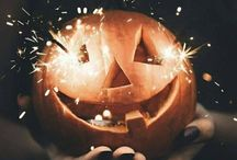 H A L L O W E E N / HALLOWEEN - spooky decorations, costumes, food. BONFIRE NIGHT and all things AUTUMN. For the love of pumpkins and things that go bump in the night.
