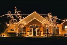 Amazing Home Christmas Light Displays / Searching the world for some of the most excellent Christmas light displays.