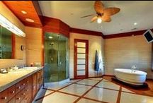 Breathtaking Bathrooms / These bathrooms are far from mundane. They are in fact, extraordinary. Enjoy!