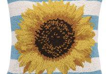 Rughooking Sunflowers