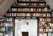 bookshelf.online.&off. / by Meredith McDaniel