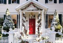 Holiday Ideas / Holiday decor, inspiration, christmas tree ornaments, magnolia, gold, champagne, cream, christmas lights, and wreaths!