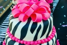 Crazy cakes / by Stephanie Mathison