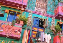 travel colorfully