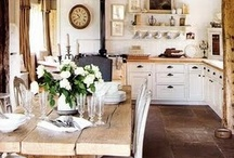 Home   Kitchens & Dinning / by Hannah Jane