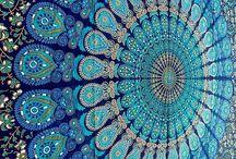 Yogini in Heels - Blue