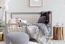 GENDER NEUTRAL NURSERY IDEAS / Unisex ideas for decorating your nursery when you're keeping the gender a surprise.. find ideas for beautiful nursery style that is perfect for boys and girls interior spaces.