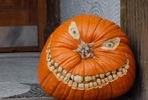 Halloween / by Kat Devers-West