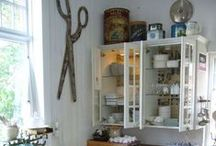 Craft Room Inspiration / Saving DIY home decor inspiration for my someday craft room.