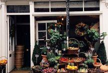 Shops, restaurants and cafes