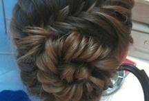 hair creations / by Mo Elizabeth