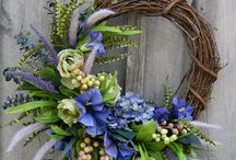 wreaths / A beautiful welcome to our home / by Janet (Pathfinder) Rossetti