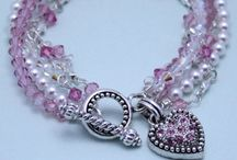 Beading & Jewelry Ideas... / by Pamela Riley